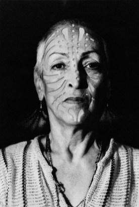 01. M. Oppenheim_Ritratto con tatuaggio_1980