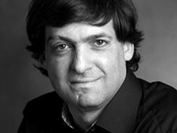 "Dan Ariely's ""What makes us feel good about our work?"""