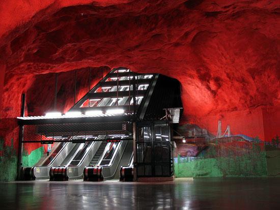 Stockholm tunnelbana, Swedia