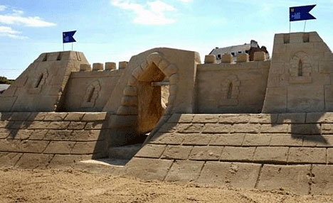 world's first sandcastle hotel