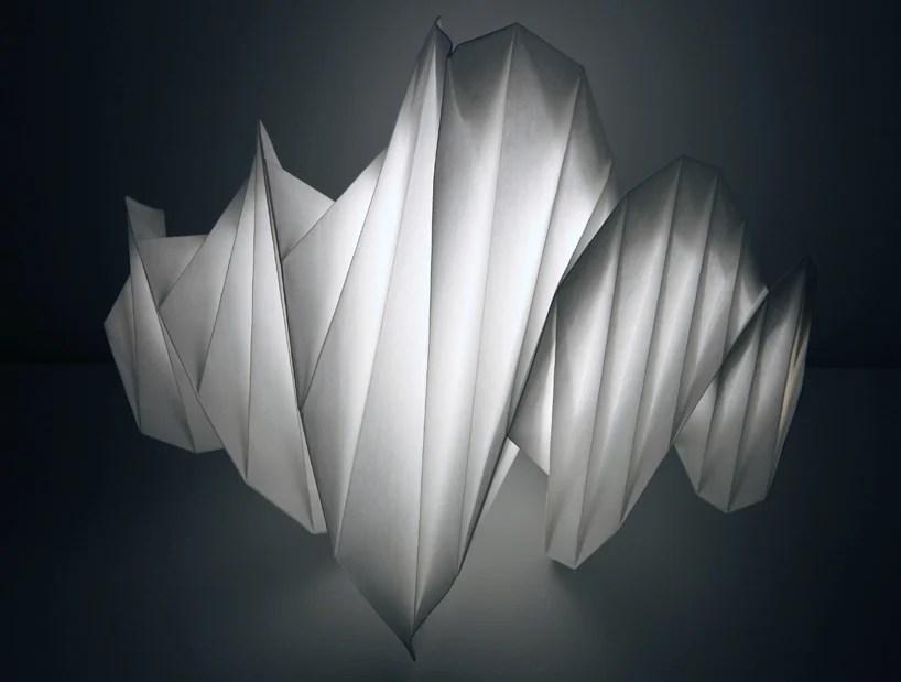 https://i2.wp.com/www.designboom.com/weblog/images/images_2/2011/jenny/artemide_isseymiyake/isseymiyake01.jpg
