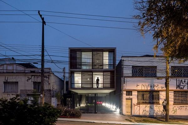 Edifício 1232, Brazil