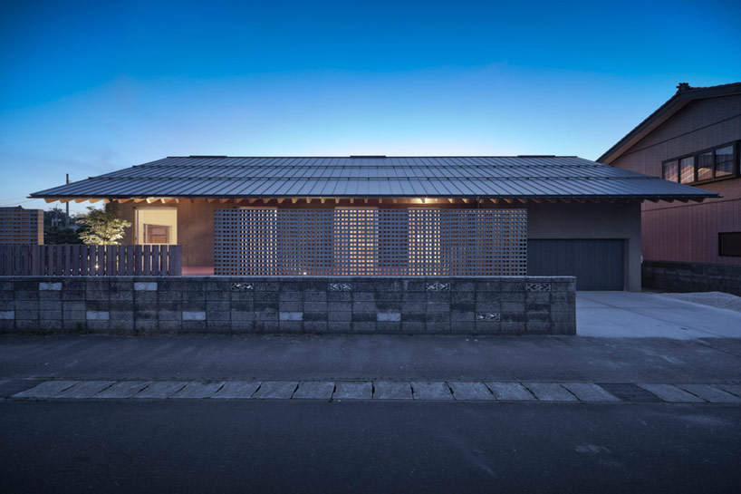 Facet Studio Pitches Majestic M House Roof With Timber Rafters