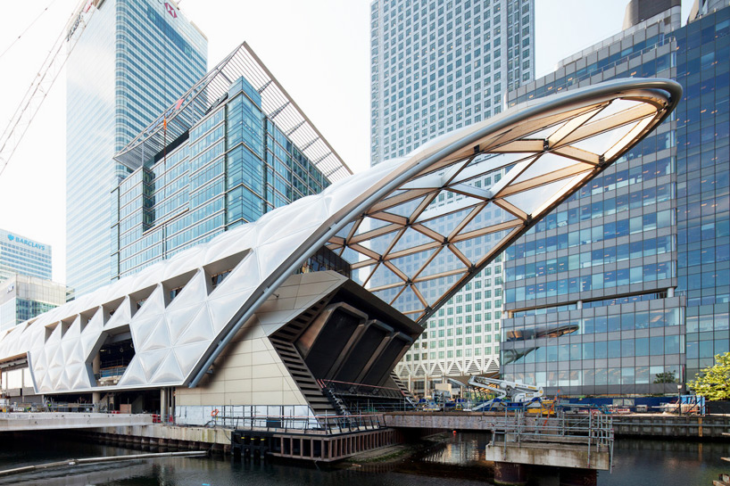 Latticed Roof Complete At Foster Partners Crossrail Station