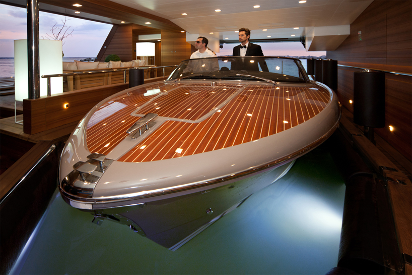 CRN Mega Yachts Jade Is Worlds First To Feature A