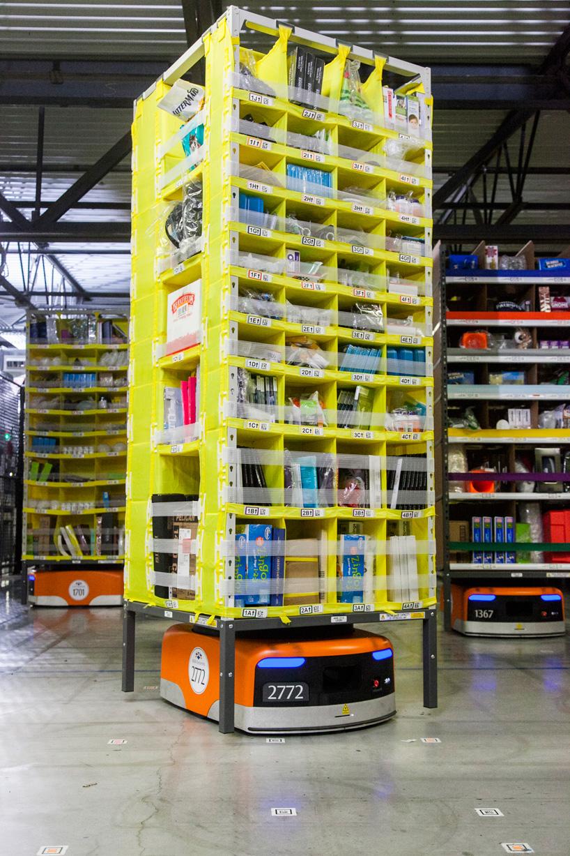 15000 Amazon Kiva Robots Drive Eighth Generation