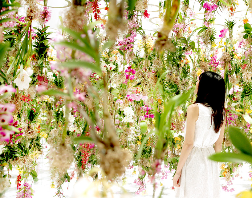 teamlab-floating-flower-garden-designboom-07