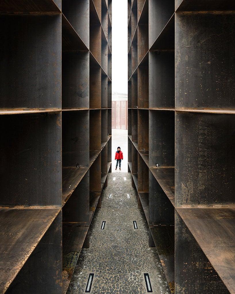 SET Architects Resurrects History With The Bologna Shoah