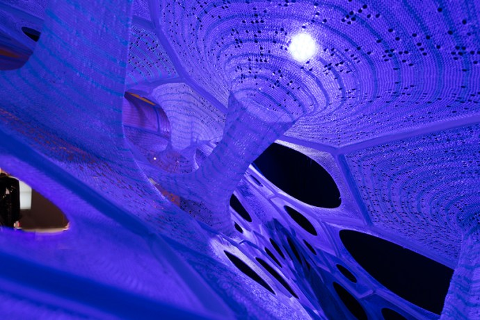jenny-sabin-cooper-hewitt-design-triennial-beauty-polythread-knitted-textile-pavilion