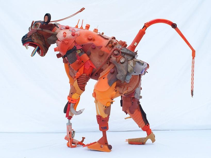 giles-cenazandotti-endangered-animal-garbage-scluptures-designboom-02-21-2017-818-010
