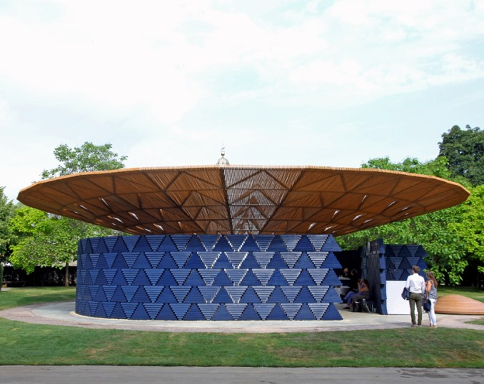 francis kéré's 2017 serpentine pavilion revealed in hyde