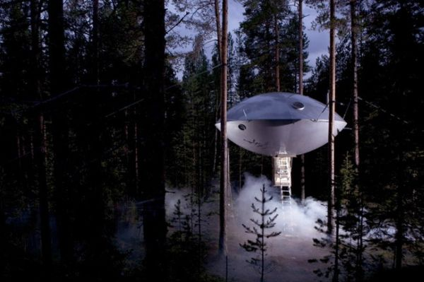 UFO shaped Hotel Room