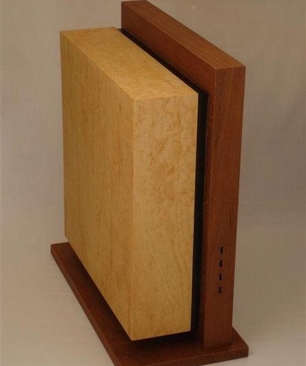 Wooden Level Twelve Case Mod