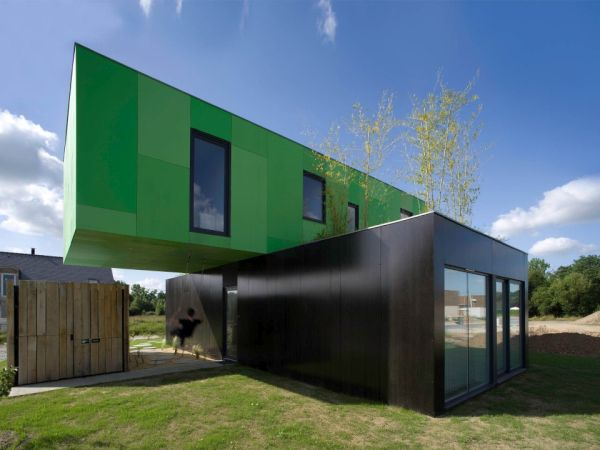 House Made Of Shipping Containers beautiful houses made from shipping containers - designbuzz