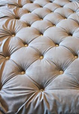 For week 3 of the one room challenge I completed my DIY diamond tufted headboard with crystal buttons. #oneroomchallente #bhgorc #homelovenetwork