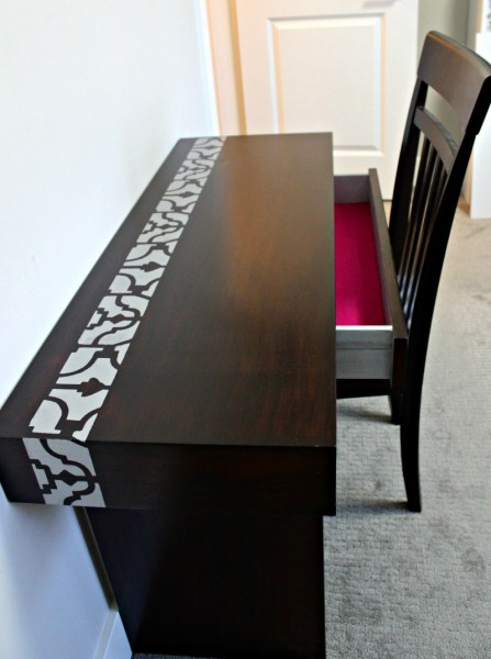 Stain and stencil furniture to give it new life with java gel stain, rustoleum metallic paint and cutting edge stencils. #100roomchallenge, #javagelstain, #rustoleumpaint, #cuttingedgestencils