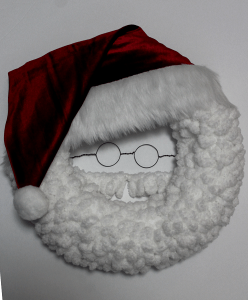 DIY Santa Christmas Wreath with spectacles