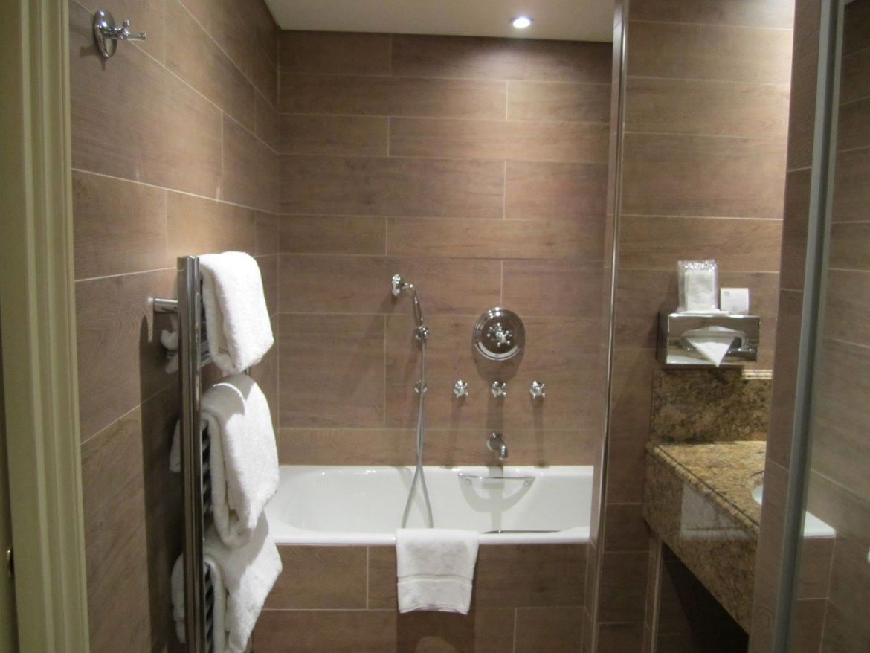 lofty-inspiration-houzz-bathroom-tile-beautiful-design-modest-ideas-exclusive-idea-on.jpg