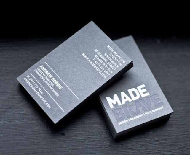 5.creative-business-cards-with-big-typography