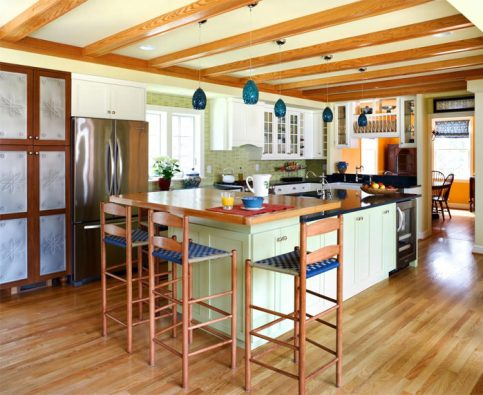 Cozinha em piso de madeira