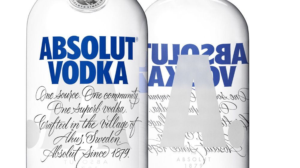 absolut_vodka_2015_bottle_detail_back_and_front