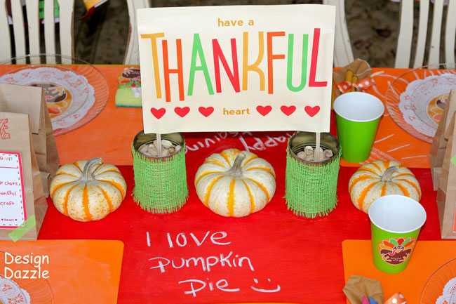 Thanksgiving table: have a thankful heart free printables - Design Dazzle