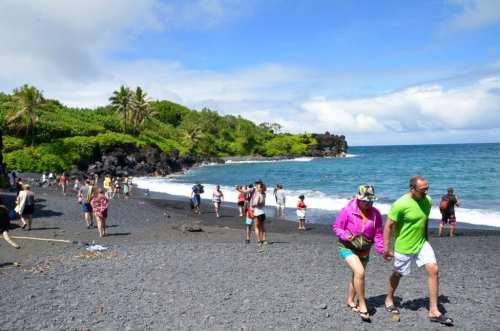 Black Beaches on the Road Hana