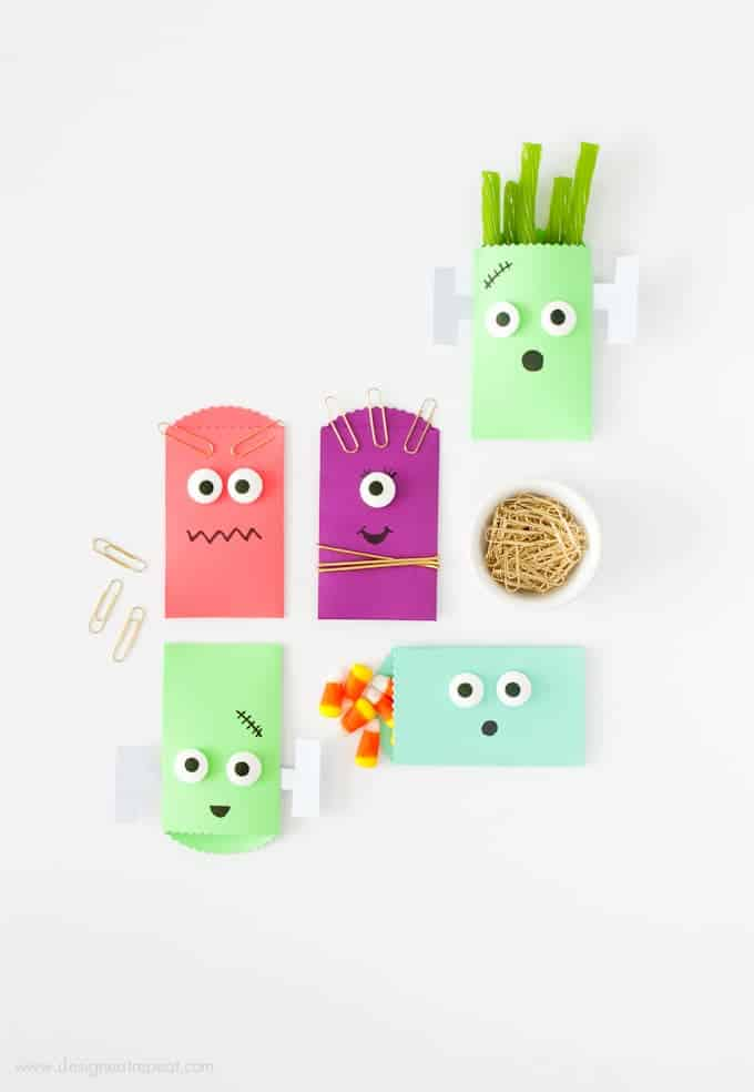 Learn how to make these (super easy!) DIY Monster Halloween Treat Bags over at Design Eat Repeat
