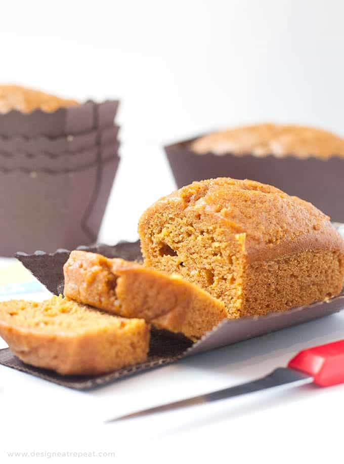 Mini Pumpkin Bread Loaves