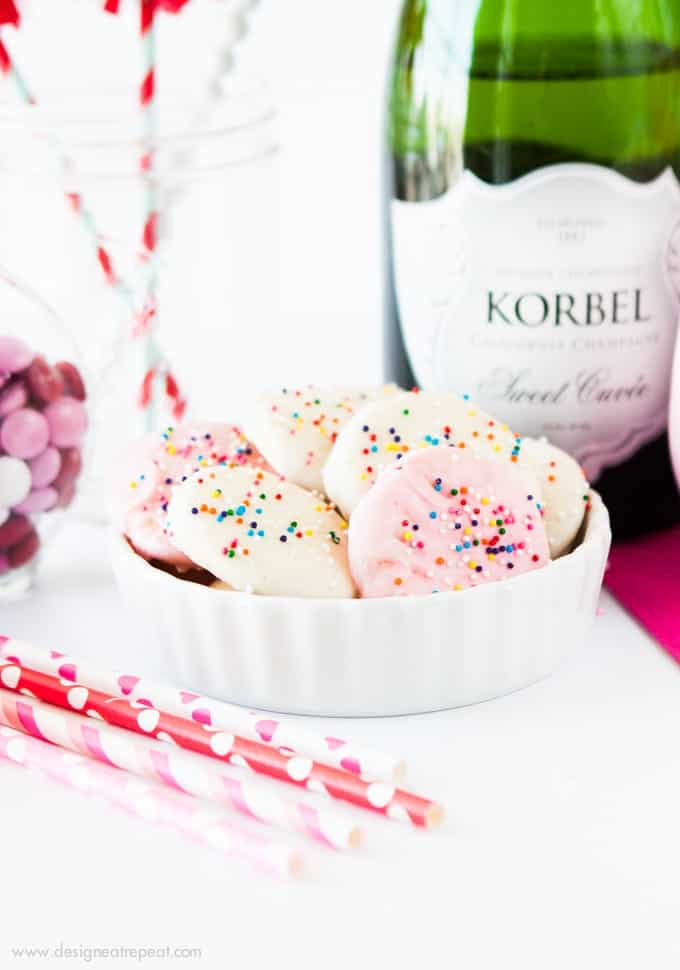 Throw a festive party with these festive Valentines Day ideas from Design Eat Repeat!