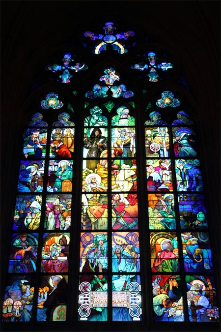 mucha-stained-glass