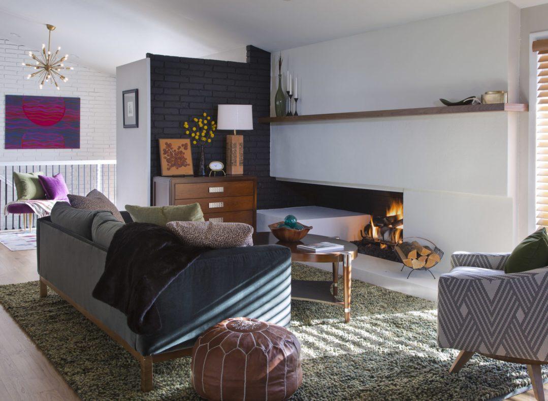 Julee, living room