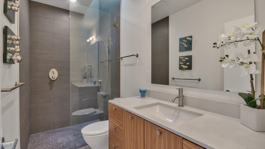 Scottsdale bathroom, pam