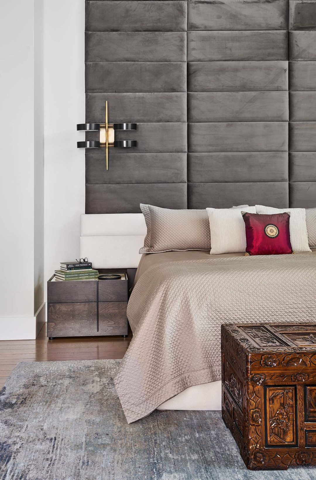 KGA-Comstock-Levine-09-18-19-Master-Bedroom-Detail-Web