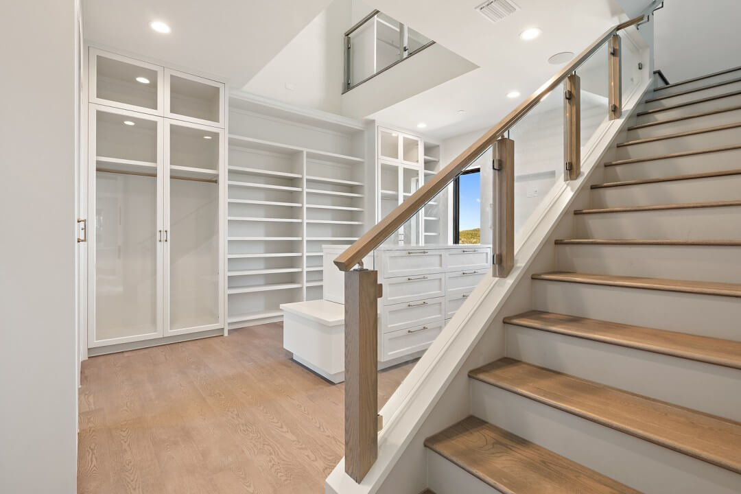 Lenore, lake austin, contemporary home, closet