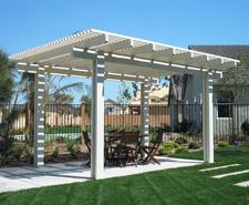 ideas for outdoor living spaces - Pergola
