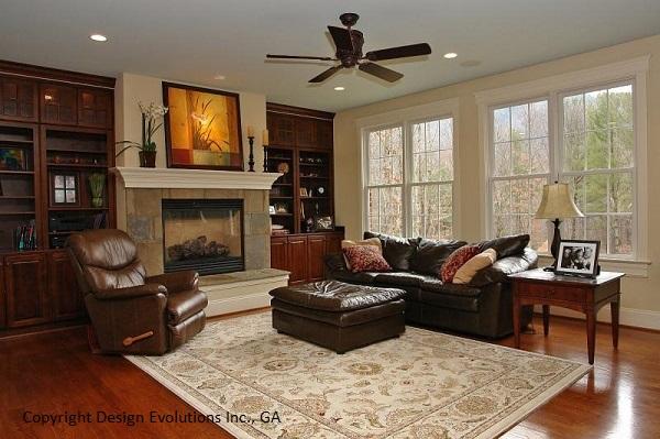 Cashton family room photo 1
