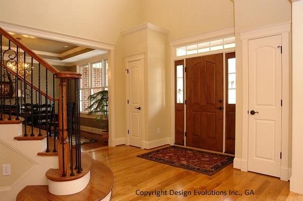 Cashton foyer photo 1