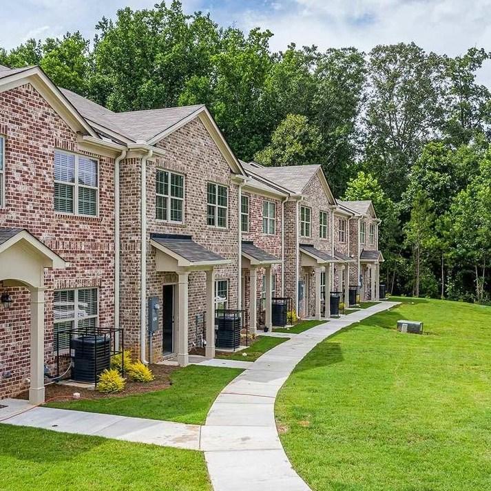 Peachtree Walk Townhouses - Design Evolutions Inc., GA