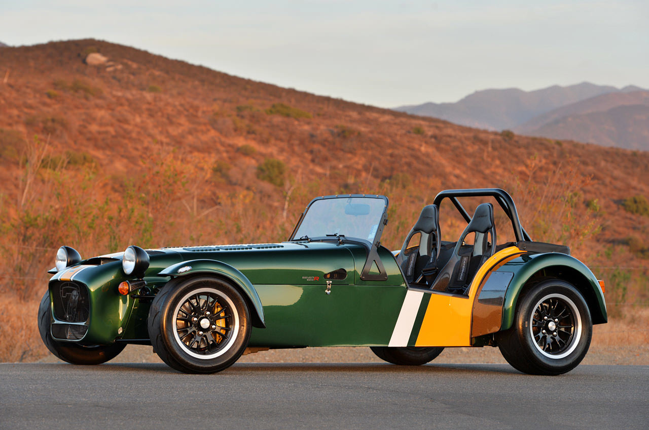 https://i2.wp.com/www.designfather.com/wp-content/uploads/2015/02/01-caterham-seven-620-r-fd-1.jpg