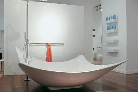 Best Home Design » baignoire au milieu de la piece