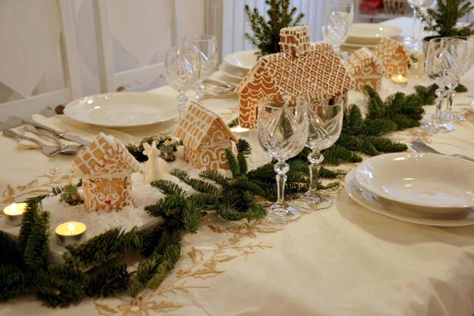 centre de table creatif et esthetique conforme a l esprit des fetes de fin d annee repas de noel idee deco table