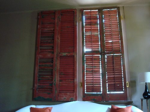 The Visual Vamp solves a problem with shutters,