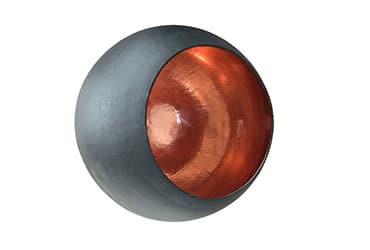 Sort kobberlampe