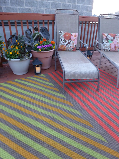 DIY Rug Spray Paint and Tape