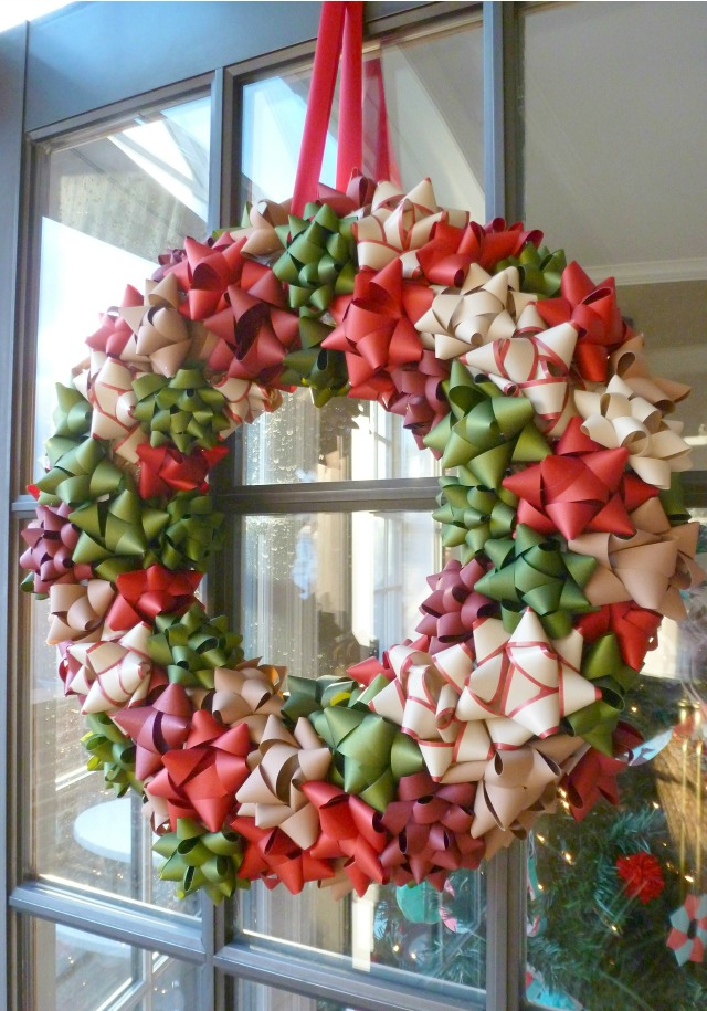 Wreath made from Christmas bows