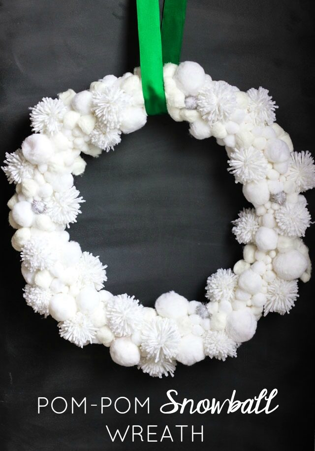 Pom Pom Snowball Christmas Wreath