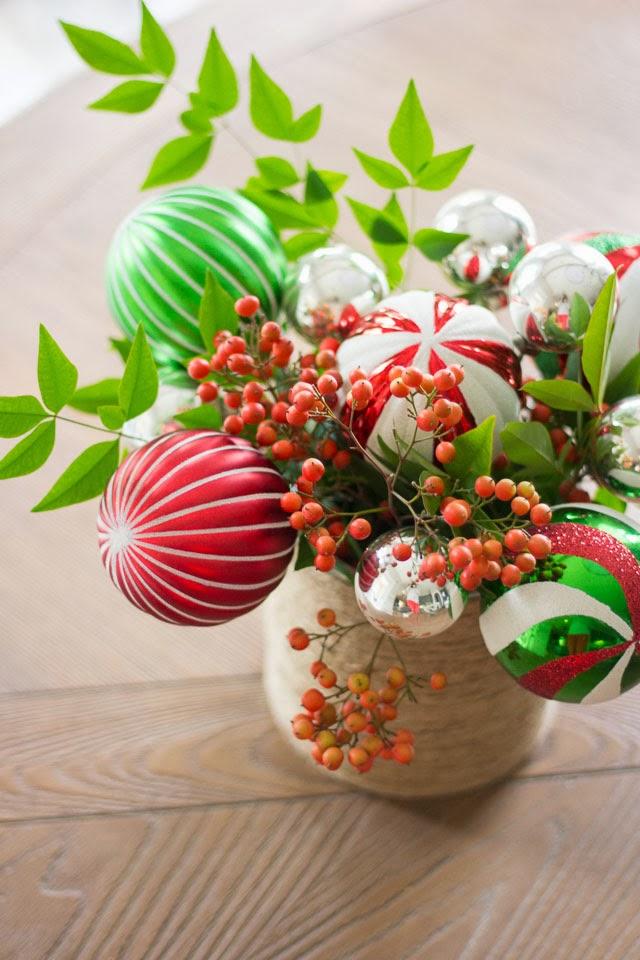 Christmas ball centerpiece ideas