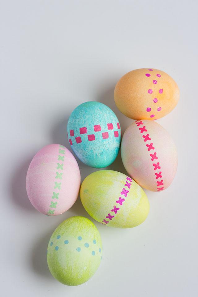 Modern stenciled Easter egg ideas