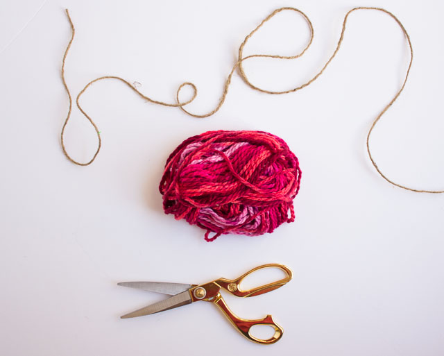How to make a yarn garland || Design Improvised blog